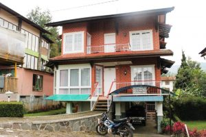 VILLA-BLOK-G-2-B01-300x200 Villa Istana Bunga 3 Kamar Blok Amar 3