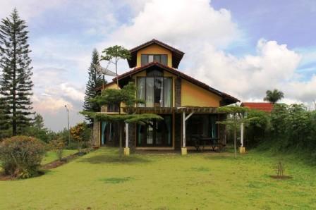 VILLA-GUE-BLOK-S-NO-508-1 Sewa Villa Istana Bunga Lembang Bandung 1 Kamar Sampai 15 kamar