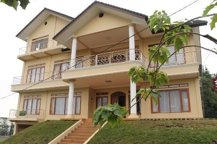 Villa Valencia lembang Istana Bunga