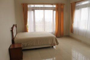 Villa-Valencia0147-300x200 Villa Istana Bunga Ada Kolam Renang Pribadi 11 Kamar.