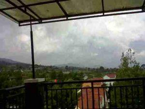 IMG00325-20130304-1355-300x225 Villa Istana Bunga 3 Kamar Bagus dan Murah