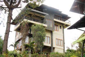 VILLA-QTA06-300x200 Villa Di lembang Untuk Rombongan 50 Orang