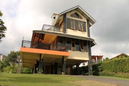 Villa Istana Bunga 4 Kamar Onavit Blok O1-4