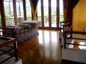 IMG00323-20130304-1354-300x225 Villa Di Lembang 3 Kamar View Bagus Kapasitas Maksimal 20 Orang