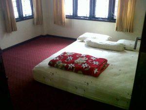 blok-i-no-2-300x225 Disewakan Villa 9 Kamar Di Lembang Istana Bunga