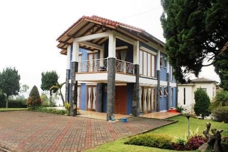 Villa Istana Bunga 3 kamar banyak pilihan