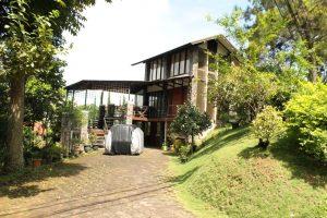 VILLA-REVIN01-300x200 Villa Murah di Lembang 1 Kamar Yang Asri dan Indah