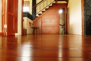 VILLA-QTA12-300x200 Villa 5 Kamar Untuk 50 Orang Di Lembang Murah