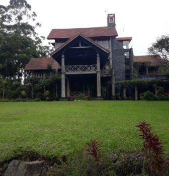 villa di lembang buat family gathering