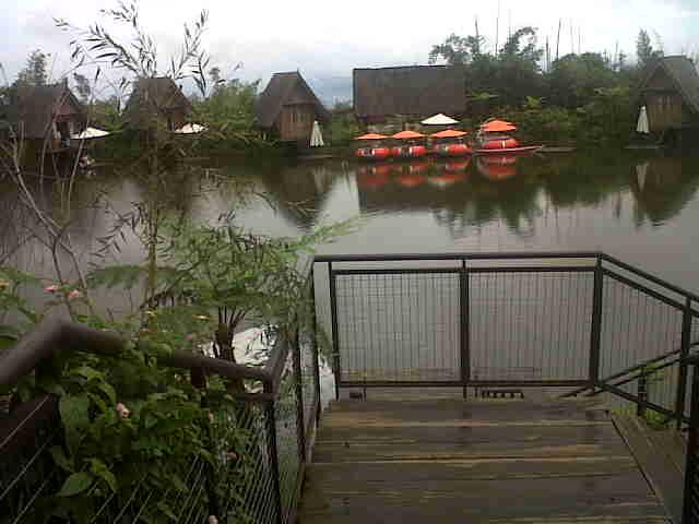 IMG01283-20150425-1223 Dusun Bambu Cisarua Lembang Surganya Wisata di Bandung Barat