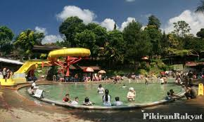 download-3 Wisata air panas sari ater Subang