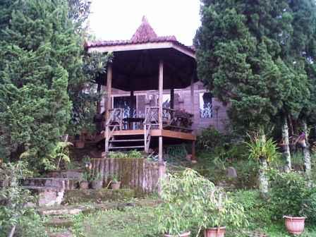 Cisarua-20131209-00929 Villa Di Lembang Untuk 35 Orang