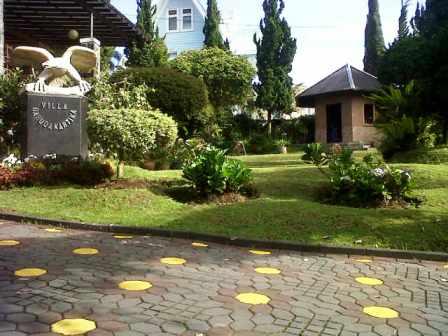 Cisarua-20131226-01059 Villa Di Lembang Untuk 35 Orang