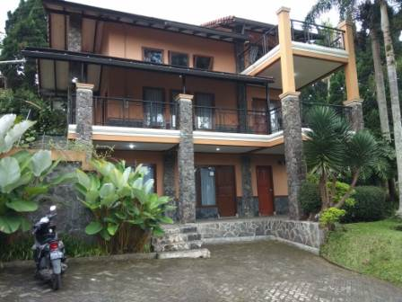 IMG-20191222-WA0014 Villa Istana Bunga 4 Kamar